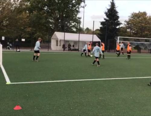 Auch im Alter Fußball spielen