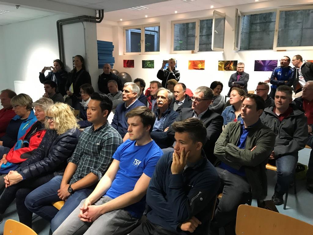TSV Norf legt Erfolgsbilanz mit weiteren Investitionen vor Mitglieder bestätigen Vorstand um Dr. Hermann-Josef Baaken und verpflichten Detlef Kluge
