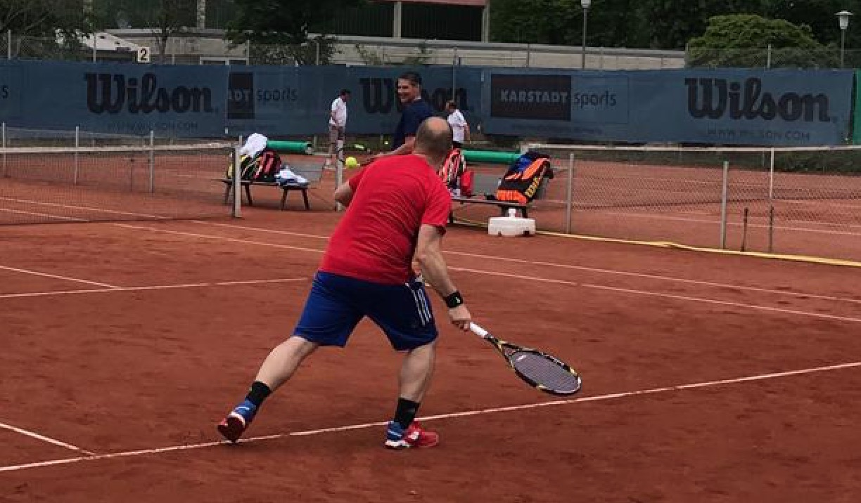 Tennis startet erfolgreich in die Saison